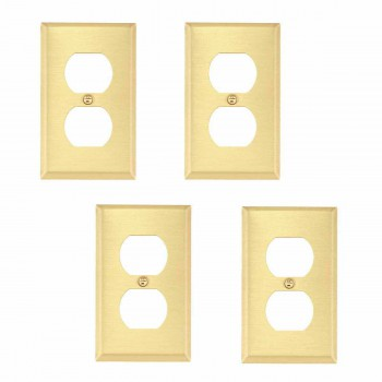 <PRE>Brushed Brass Switchplates Double Outlet Set of 4 </PRE>
