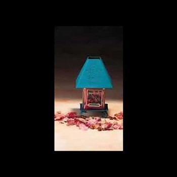 <PRE>Candle Holder Teal Punched Metal Holder w/ Shade </PRE>zoom3
