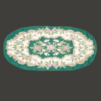 spec-<PRE>Wool Oval Traditional Area Rug Green Floral 3' x 5' </PRE>
