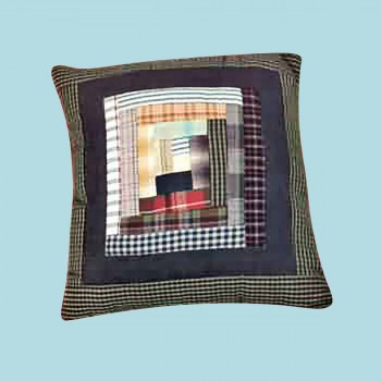 spec-<PRE>Pillows Quilt Log Cabin Design Pillow </PRE>
