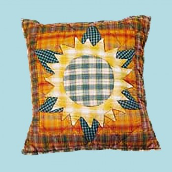<PRE>Cotton Pillow Yellow Multi Sunflower 16inch Square </PRE>zoom2