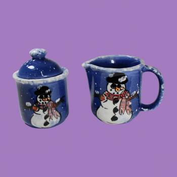 <PRE>Creamer and Sugar Set Snowman Blue Ceramic Debra Kelly </PRE>zoom2