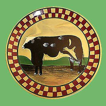 <PRE>Collector Plates Ceramic Brown Cow Dinner Plate Handpainted </PRE>zoom2