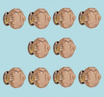 <PRE>10 Cabinet Knob Clear Acrylic 1 1/2&quot; Dia W/ Chrome Back </PRE>