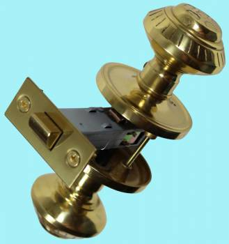 <PRE>Bright Solid Brass Six Dot 2 3/8inch Door Knob Passage Set</PRE>zoom2