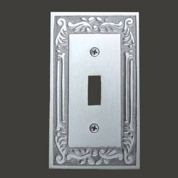 <PRE>Victorian Switch Plate Single Toggle Chrome Solid Brass </PRE>