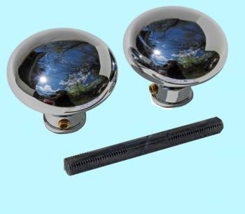 <PRE>Pair Chrome Brass Rounded Door Knob </PRE>zoom2