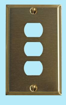 spec-<PRE>Switchplate Brushed Brass 3 Interchangeable/Despard </PRE>
