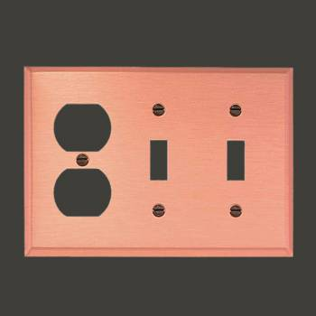 <PRE>Switchplate Brushed Copper Double Toggle/Outlet </PRE>