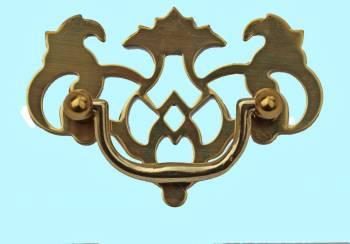 <PRE>Chippendale Bail Pull Bright Solid Brass 2 1/4inch  </PRE>zoom2