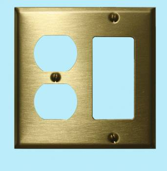 <PRE>Switchplate Brushed Solid Brass Outlet GFI </PRE>zoom2