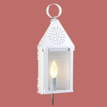 <PRE>Outdoor Lighting White Tin Wall Light </PRE>zoom2