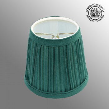 <PRE>Lamp Shade Hunter Green Fabric 4 1/16&quot; H Mini Clip On </PRE>
